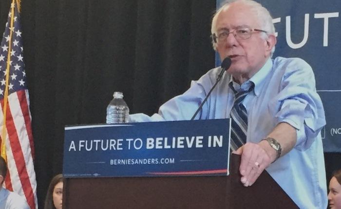 Sanders woos Iowans with progressive agenda, nostalgicoratory