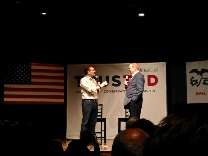 Evangelicals bolster Cruz inIowa